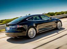 Tesla Model S фото