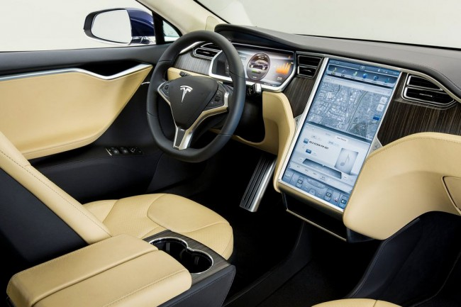 Салон Тесла Модель S