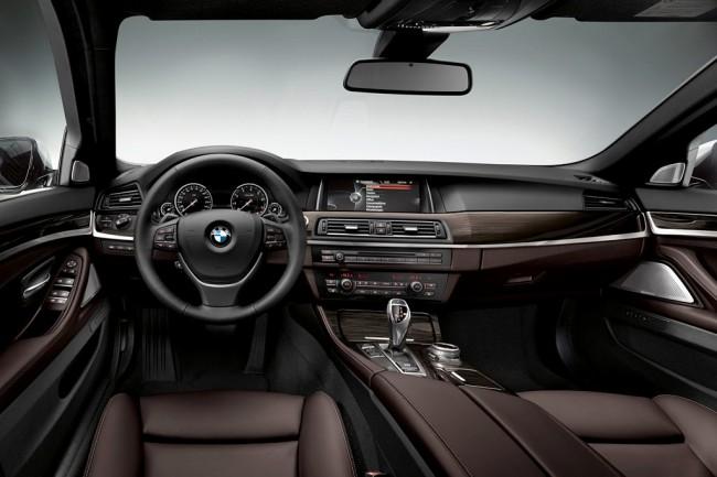 Фото салона BMW 5-Series F10