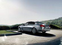 BMW 5 рестайлинг 2015 фото