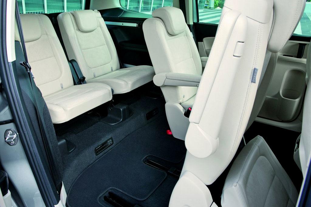 Интерьер Volkswagen Sharan (7N) фото