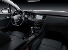 Peugeot 508 фото салона