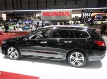 Фото универсала Хонда Аккорд 8