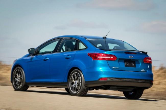 Новый Форд Фокус 3 в кузове седан