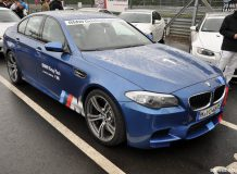 Новая BMW M5 F10 Ring Taxi