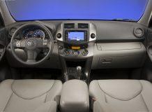 Фото салона Тойота РАВ 4 III