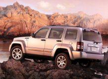 Фото внедорожника Jeep Liberty