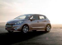 Новый Peugeot 208 фото