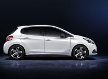 Peugeot 208 2016 фото