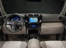 Фото салона Toyota RAV4 EV