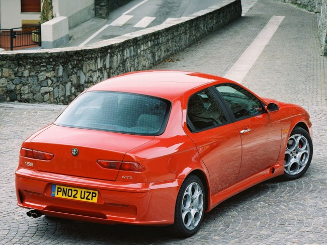 Фото седана Alfa Romeo 156 GTA