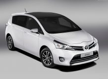 Toyota Verso 2015 фото