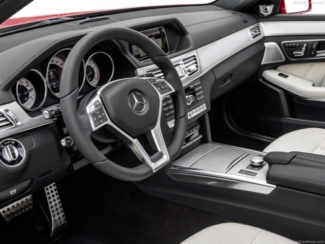 Фото салона Mercedes E-Class Estate 2014
