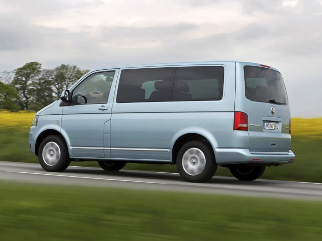 Фото минивена VW Multivan T5