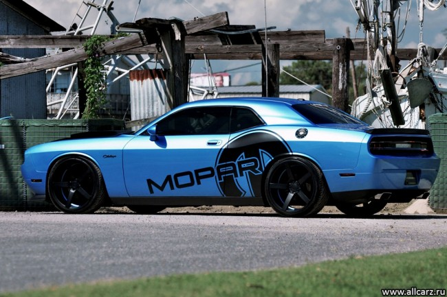Dodge Challenger от Mopar фото