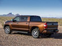 Новая Toyota Tundra 2015 фото