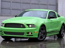 Ford Mustang 2013 фото
