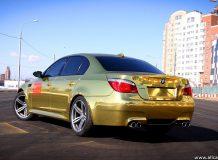 BMW M5 E60 Gold
