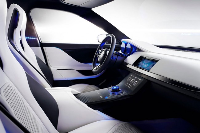 Фото салона Jaguar C-X17 Concept
