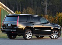 Cadillac Escalade 4