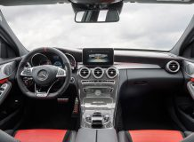 Фото салона Mercedes C63 AMG W205