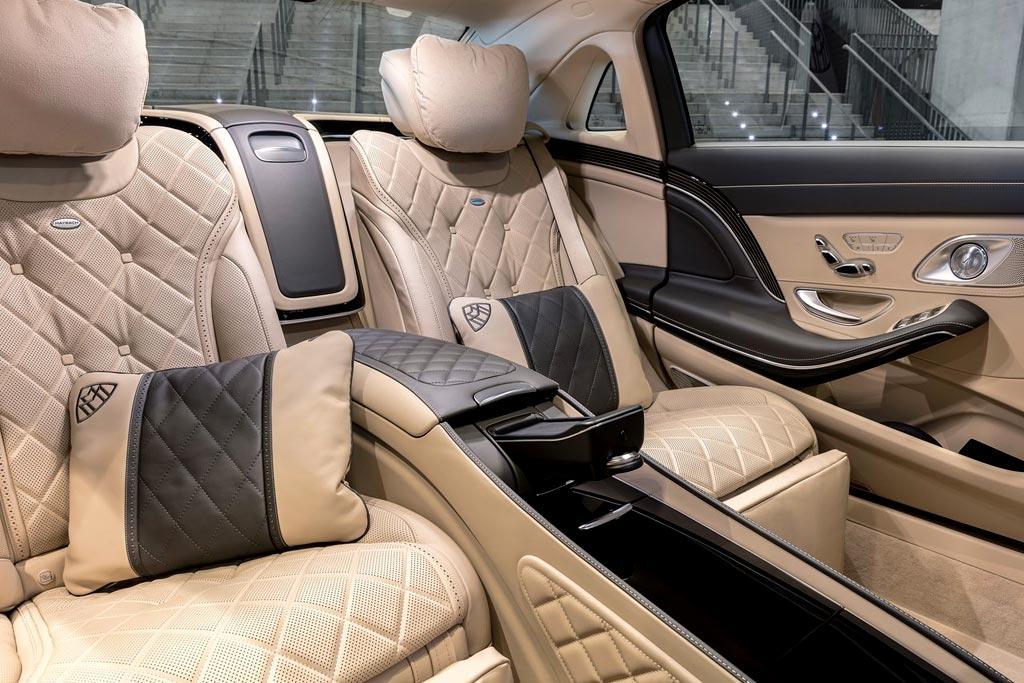 Интерьер седана Mercedes-Maybach S