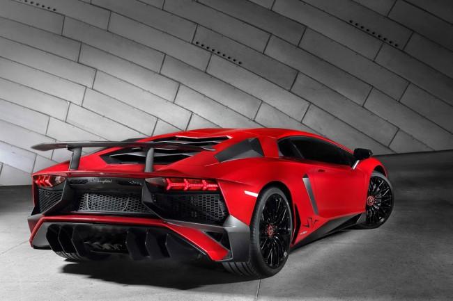 Новый Lamborghini Aventador SV