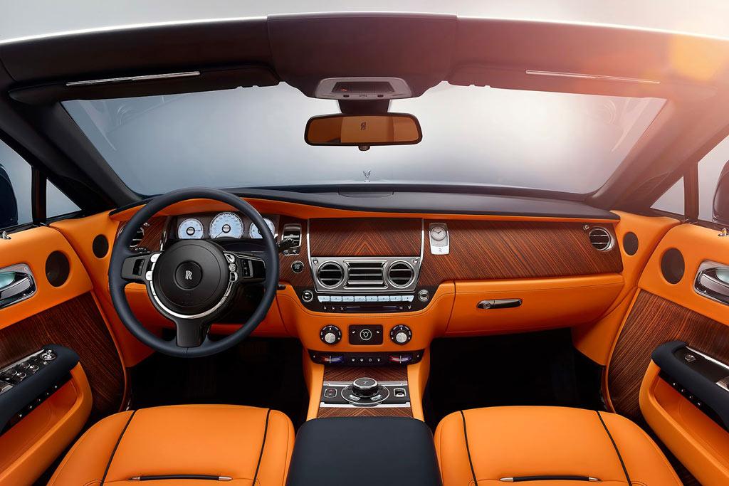 Фото салона Rolls-Royce Dawn