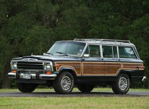 Оригинальный Jeep Grand Wagoneer