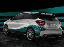 Фото Mercedes-AMG 45 Petronas 2015 World Champion
