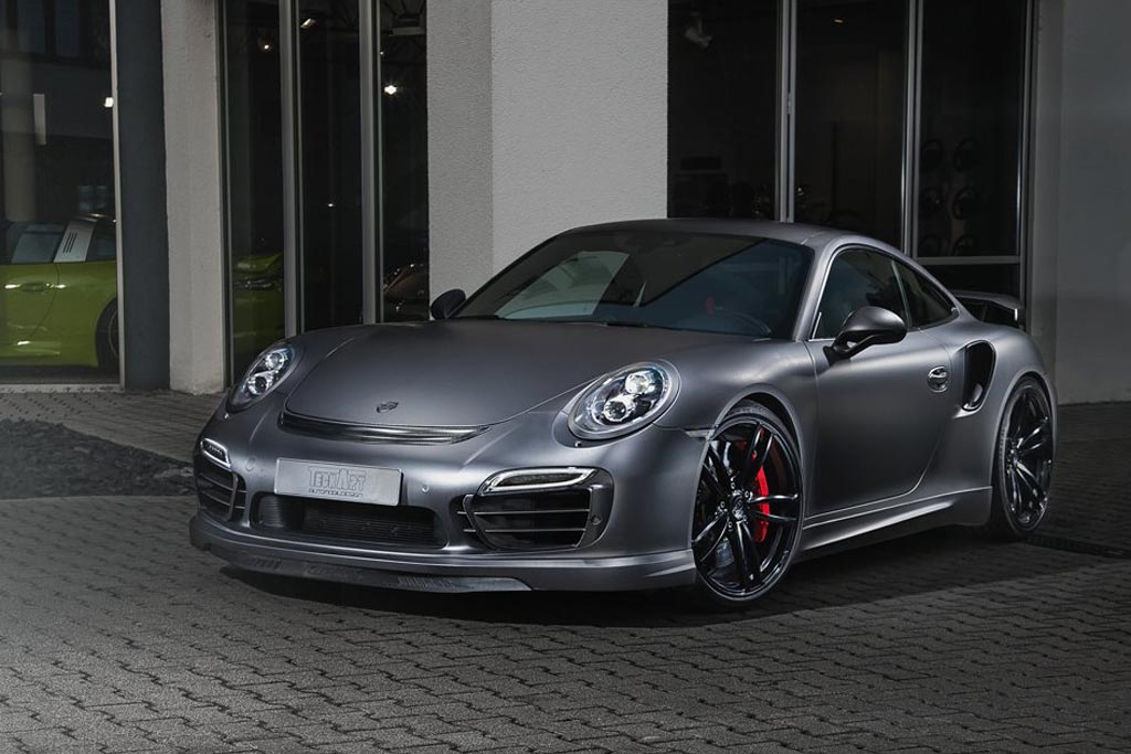 Фото Porsche 911 Turbo S Dark Knight от TechArt