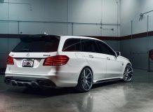 Тюнинг Mercedes E63 AMG Estate от RENNtech фото