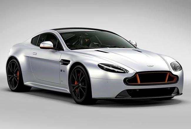 Aston Martin Vantage S Blades Edition