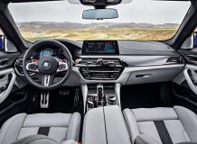 Фото салона BMW M5 (F90)