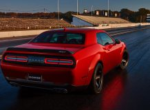 Dodge Challenger SRT Demon фото