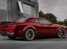Фото нового Dodge Challenger SRT Hellcat Widebody