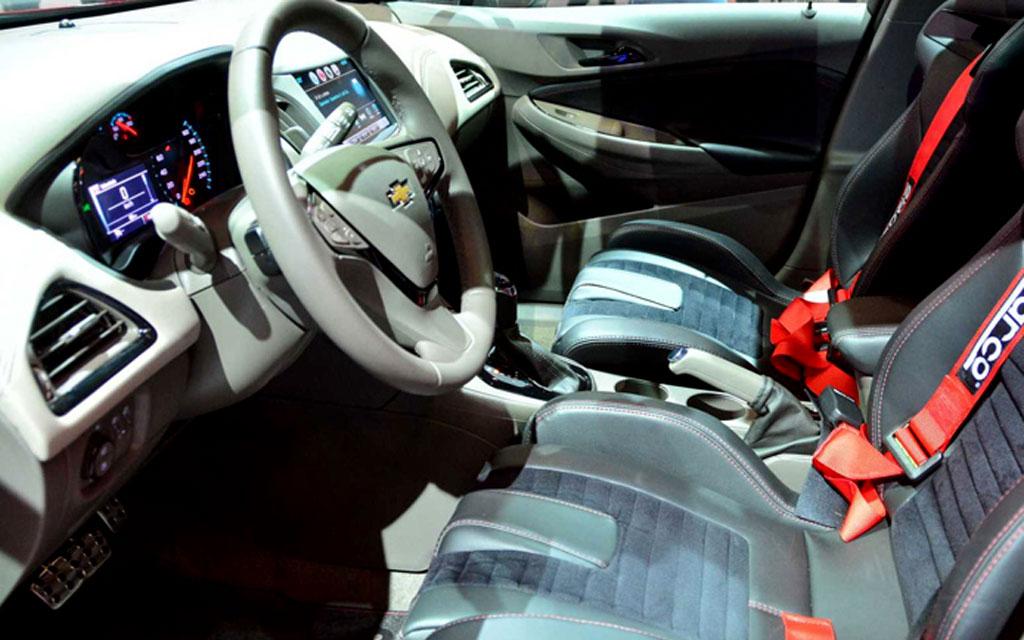 Chevrolet Cruze Sport6 SS