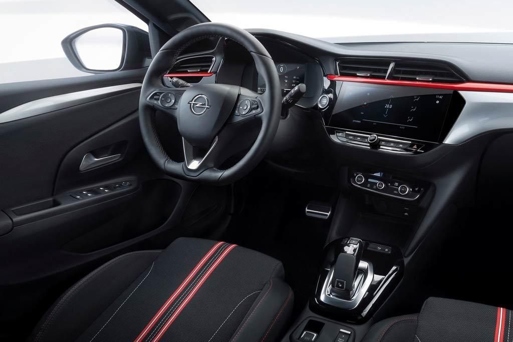 Салон Opel Corsa F