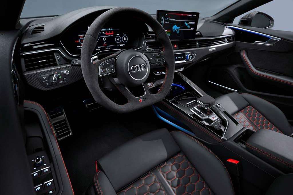 Салон Ауди RS 5 2021 года