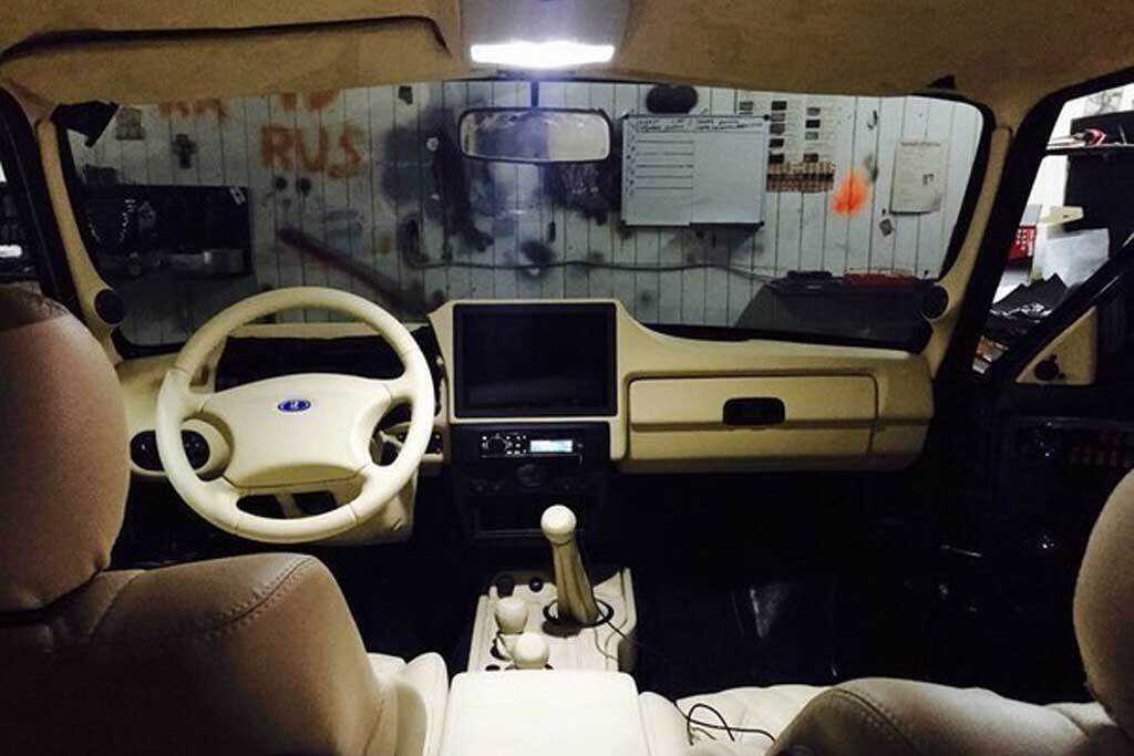 Тюнинг салона Lada 4x4