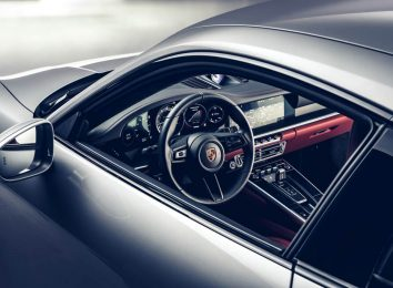Porsche 911 Turbo S (992)