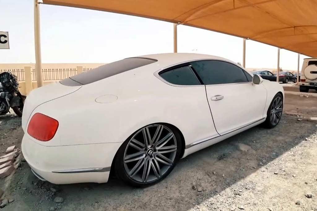 Брошенные авто Дубае