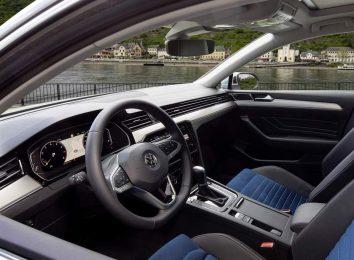 Volkswagen Passat [year]