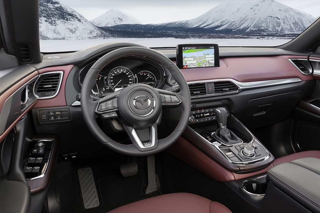 Салон новой Mazda CX-9 2021