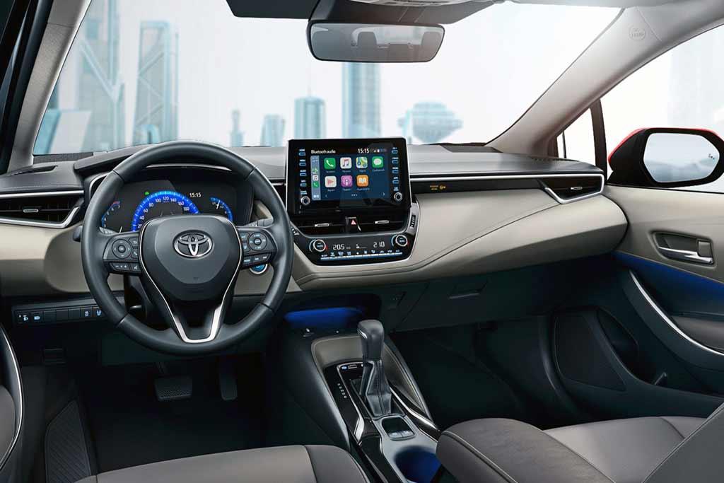Салон Toyota Corolla 2021