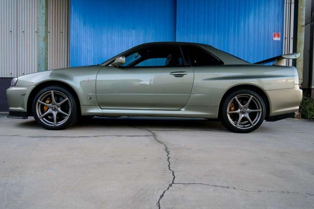 Nissan Skyline GT-R V spec II Nur