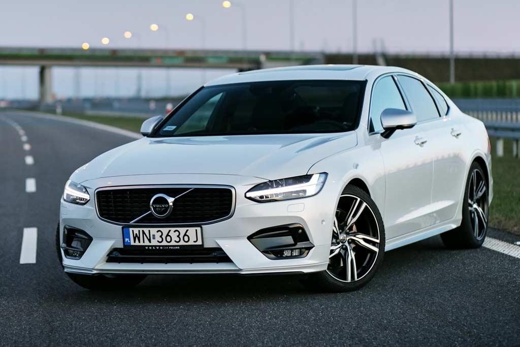 Новая модель Volvo S90 2021 года