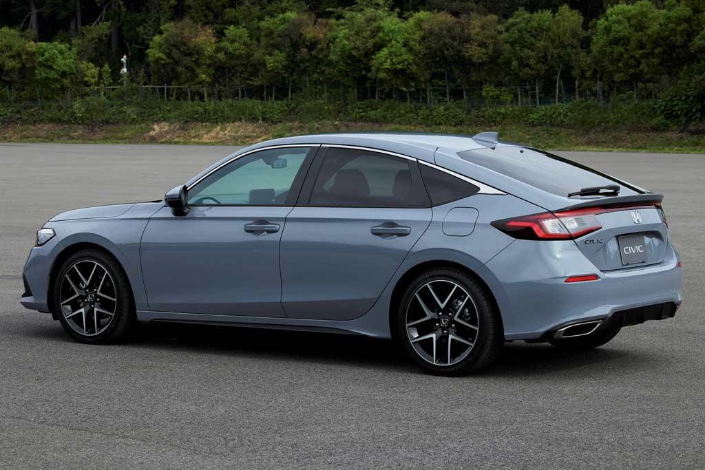 Японцы презентовали новую Honda Civic 5D 2022: модель в кузове хэтчбек