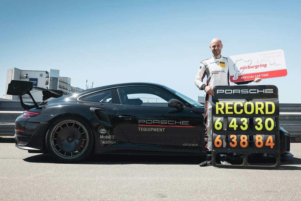 Porsche 911 GT2 RS установил рекорд круга на Нюрбургринге