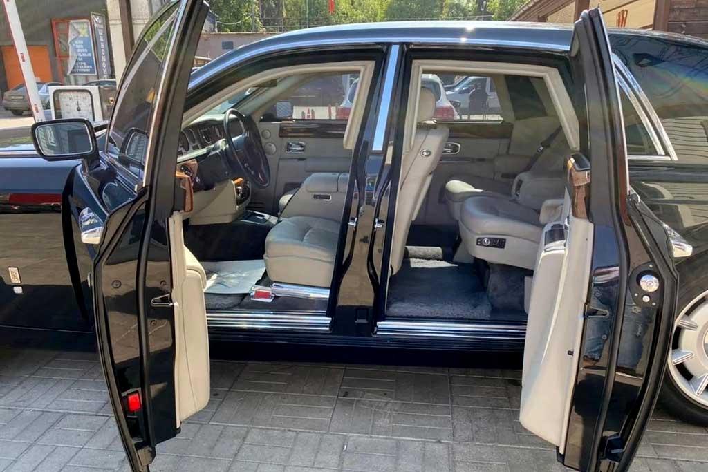В Москве продают старый Rolls-Royce Phantom в 1,5 раза дороже нового